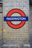 Платформа знака Paddington Лондона Великобритании, подземная, трубка метро метро стоковое изображение
