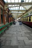 Платформа 1 центральной станции Loughborough стоковые изображения rf