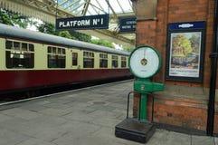 Платформа 1 центральной станции Loughborough стоковое фото rf