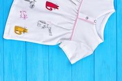 Платье хлопка кота шаржа младенца чисто Стоковые Изображения RF