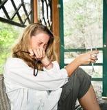 плача эмоциональная смеясь над женщина Стоковое Фото