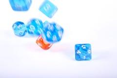 плашки играя комплект роли стоковое изображение rf