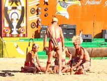 Племенные художники в фестивале птицы-носорог, Kohima стоковое изображение