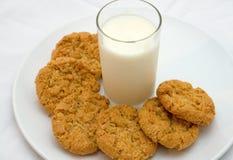 плита молока печений стеклянная Стоковое Изображение RF
