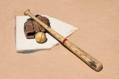 плита оборудования бейсбола домашняя Стоковые Фотографии RF