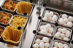Плита пара электрическая Промышленное оборудование кухни catering стоковое фото rf
