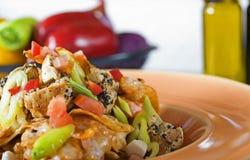 плита померанца nachos сыра Стоковая Фотография RF
