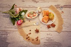 Плита с бахлавой Стоковая Фотография