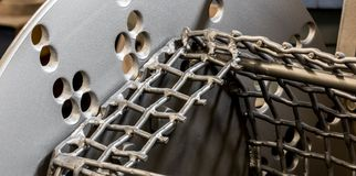 Плита шкафа взрыва съемки винтажной античной автомобильной машины стальные и клетка сетки стоковые изображения