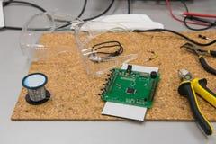 Плита электронных блоков и оборудования стоковое фото rf