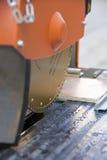 плитки автомата для резки стоковое фото