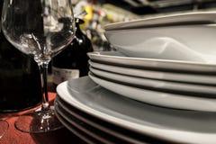 Плиты и стекла Стоковые Изображения RF