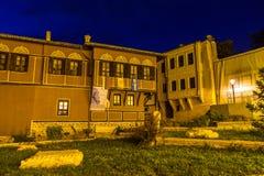 ПЛОВДИВ, БОЛГАРИЯ - 2-ОЕ СЕНТЯБРЯ 2016: Фото ночи дома в старом городке города Пловдива Стоковые Фото