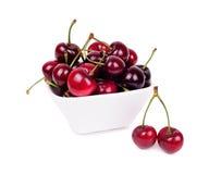 плодоовощи вишни изолировали белизну Стоковая Фотография