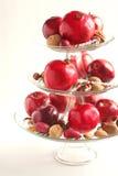 Плодоовощи, гайки и тросточки конфеты в va Стоковые Фотографии RF