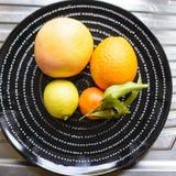 плодоовощи тарелки цитруса Стоковые Фотографии RF