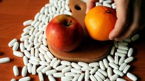 Плоды и цитрусы здоровее, чем таблетки сток-видео