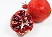 Плод гранатового дерева изолированный с белой предпосылкой стоковая фотография rf