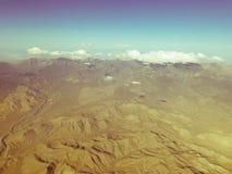 Плоские горы Невады взгляда окна стоковое изображение