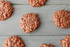 Плоский состав положения с печеньями шоколада стоковые фото