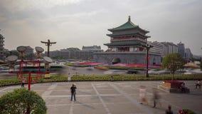 Плотное движение Timelapse колокольни Xian сток-видео