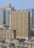 Плотность жить в центре города Даляни, Китая стоковое изображение