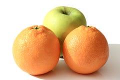Плодоовощи - Яблоко и померанцы Стоковые Изображения