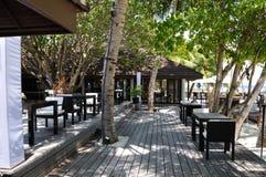 Пляжный ресторан острова Мальдивов Стоковые Фото