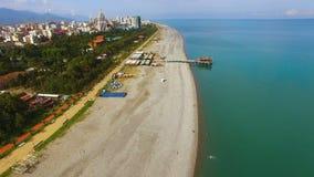 Пляж Батуми Georgia общественный, курорт Чёрного моря, туристическая достопримечательность, вид с воздуха видеоматериал
