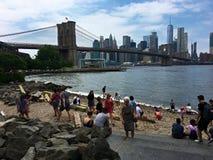 Пляж Бруклина на Dumbo -2 стоковые изображения