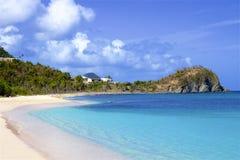 Пляж бухты контрабандиста в Tortola, BVI, Вест-Инди стоковое изображение