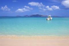 Пляж бухты контрабандиста в Tortola, BVI, Вест-Инди стоковое фото rf