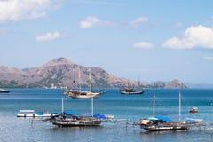 Пляж в Labuan Bajo, Flores Индонезии Стоковое Изображение