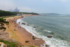Пляж в Qingdao стоковое фото rf