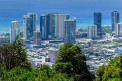 Пляж и Гонолулу Waikiki стоковые изображения