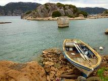 Пляж и море около Kas стоковое фото rf