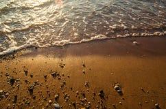 Пляж и прибой моря с движением Стоковые Изображения RF