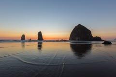 Пляж карамболя, Орегон стоковые фотографии rf