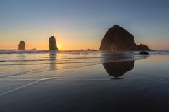 Пляж карамболя, Орегон стоковые изображения rf