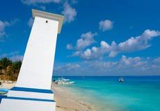 Пляж маяка Puerto согнутый Morelos в Мексике Стоковое Изображение
