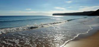 Пляж на заходе солнца, Алгарве Sagres, Португалия Стоковые Изображения