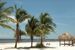пляж немноголюдный Стоковые Фотографии RF