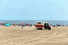 Пляж Нью-Йорк лета помощи безопасностью безопасности Стоковое фото RF