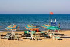 пляж оборудовал Италию Стоковые Изображения