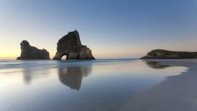 пляж около wharariki Нелсона Стоковая Фотография RF
