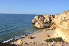 Пляж от зоны Agavre, Португалия Стоковые Изображения