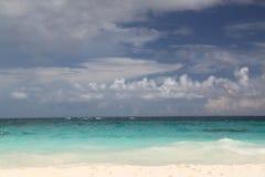 пляж песка на Багамских островах Стоковые Изображения RF