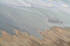пляж под черным s Стоковое Изображение