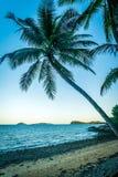 Пляж полета в Австралии сразу после захода солнца стоковое изображение