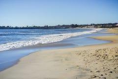 Пляж положения на солнечном после полудня, Santa Cruz Seabright, Калифорния Стоковые Изображения RF